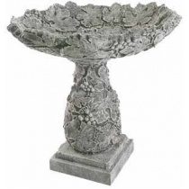 Клумби з каменю
