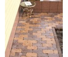 Тротуарна плитка Золотий Мандарин Роттердам Антик 250х120х65 мм на сірому цементі коричневий