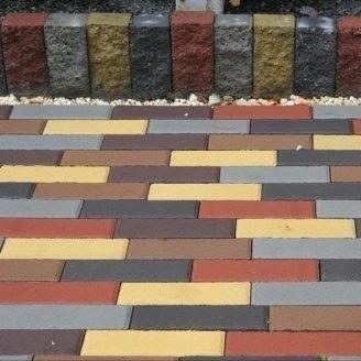 Тротуарная плитка Золотой Мандарин Кирпич узкий 210х70х60 мм на сером цементе черный