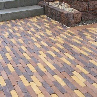 Тротуарная плитка Золотой Мандарин Барселона Антик 186х45х60 мм на сером цементе коричневый