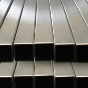 Труба нержавіюча прямоуголная 40х20х2,0 мм AISI 201 мат/полір