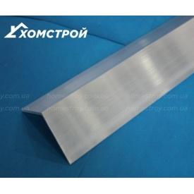 Уголок алюминиевый 60х60х2 без покрытия