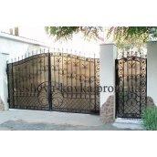Ковані розпашні ворота з хвірткою та ковкою