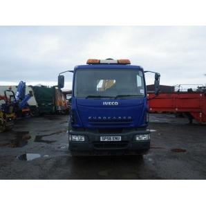 Перевезення кіоску вантажівкою IVECO EuroCargo 180E24 10 т