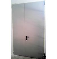 Утепленная дверь ПромТехноКом металлическая 2050х1300 мм
