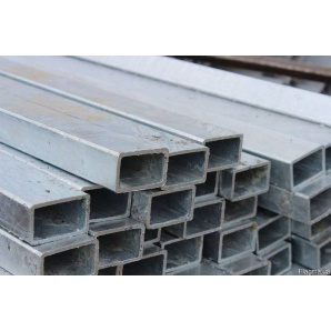 Труба профільна прямокутна сталева Ст.3 40х25х2 мм