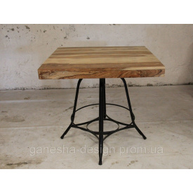 Стол квадратный IRON BASE TABLE LOFT