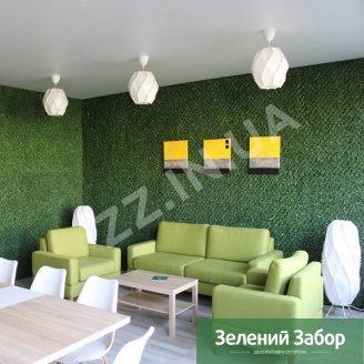 Оздоблення інтер`єру зеленим покриттям ПВХ Хвоя