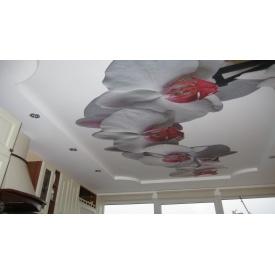 Поклейка 3Д-шпалер на стелю