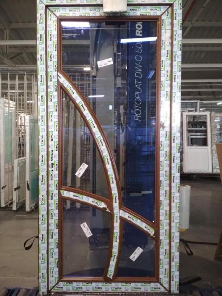 Двери металлопластиковые, наши изделия