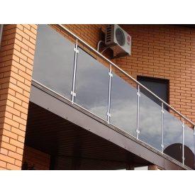 Перила зі склом для балконів