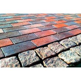 Укладка тротуарной плитки на бетонную основу
