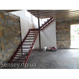Зварні металеві сходи