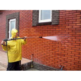 мийка цегляного фасаду будинку